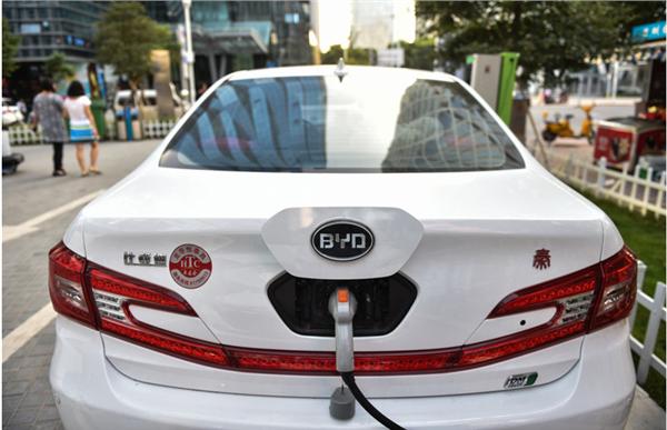 中国自主品牌却不曾落在其他跨国企业身后,总部位于深圳的比亚迪汽车
